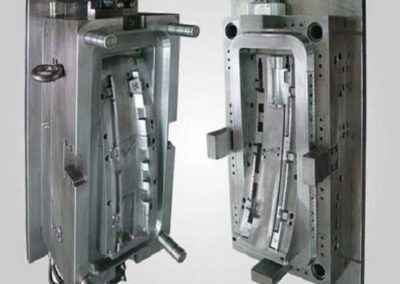 plastic-injection-mold-500x500